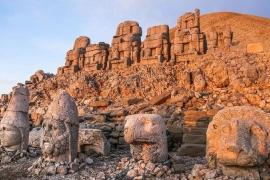 """(VIDEO) Consilierul local Ionel ISAC: ,,Le tund eu iarba... primaru-i bun la chefuri cu ceaune...nu-i în stare să-i pună la treabă ..."""""""