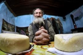 Corina CRETU: Am început vizita în Grecia cu o întâlnire cu premierul Alexis Tsipras. Am reiterat faptul că eu si CE suntem și vom rămâne mereu alături de Grecia.